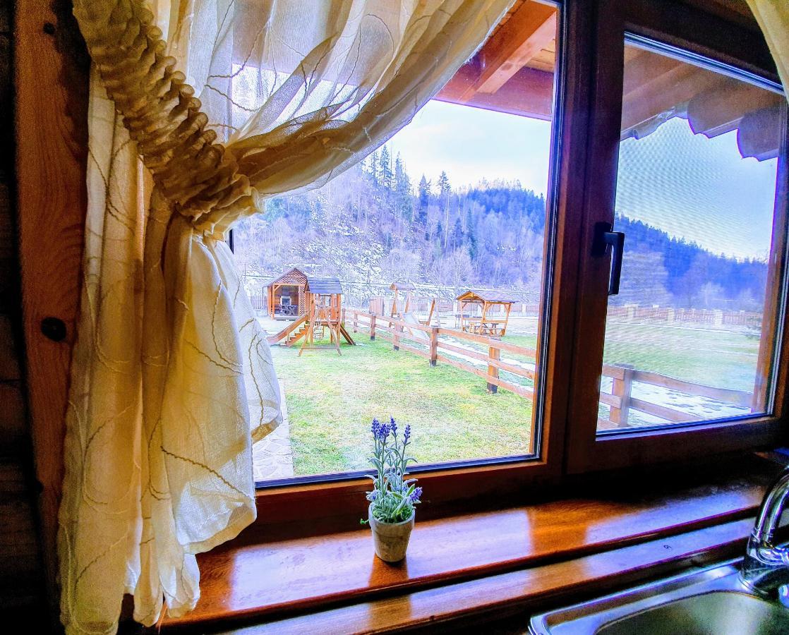 вид з вікна кухня.jpg