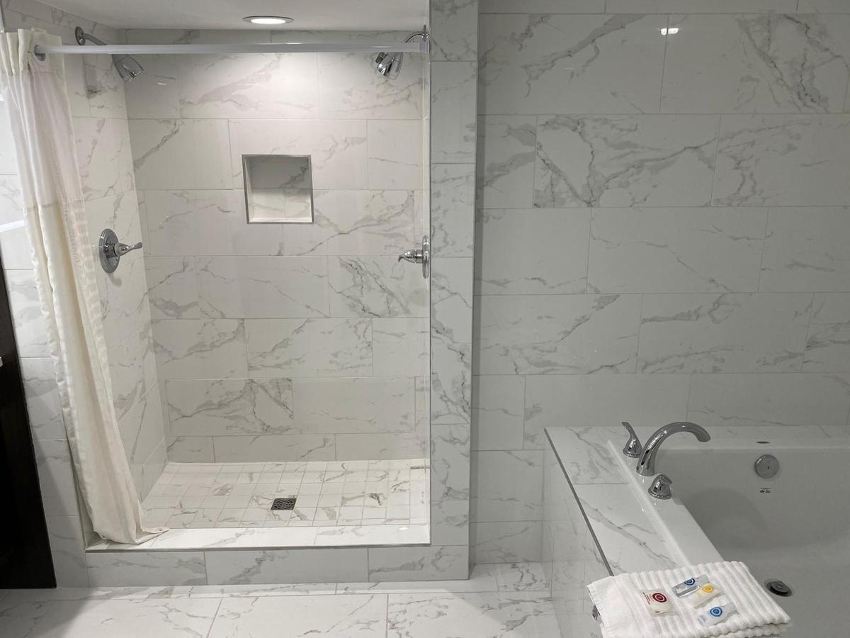 VIP Master Bath Shower.jpg