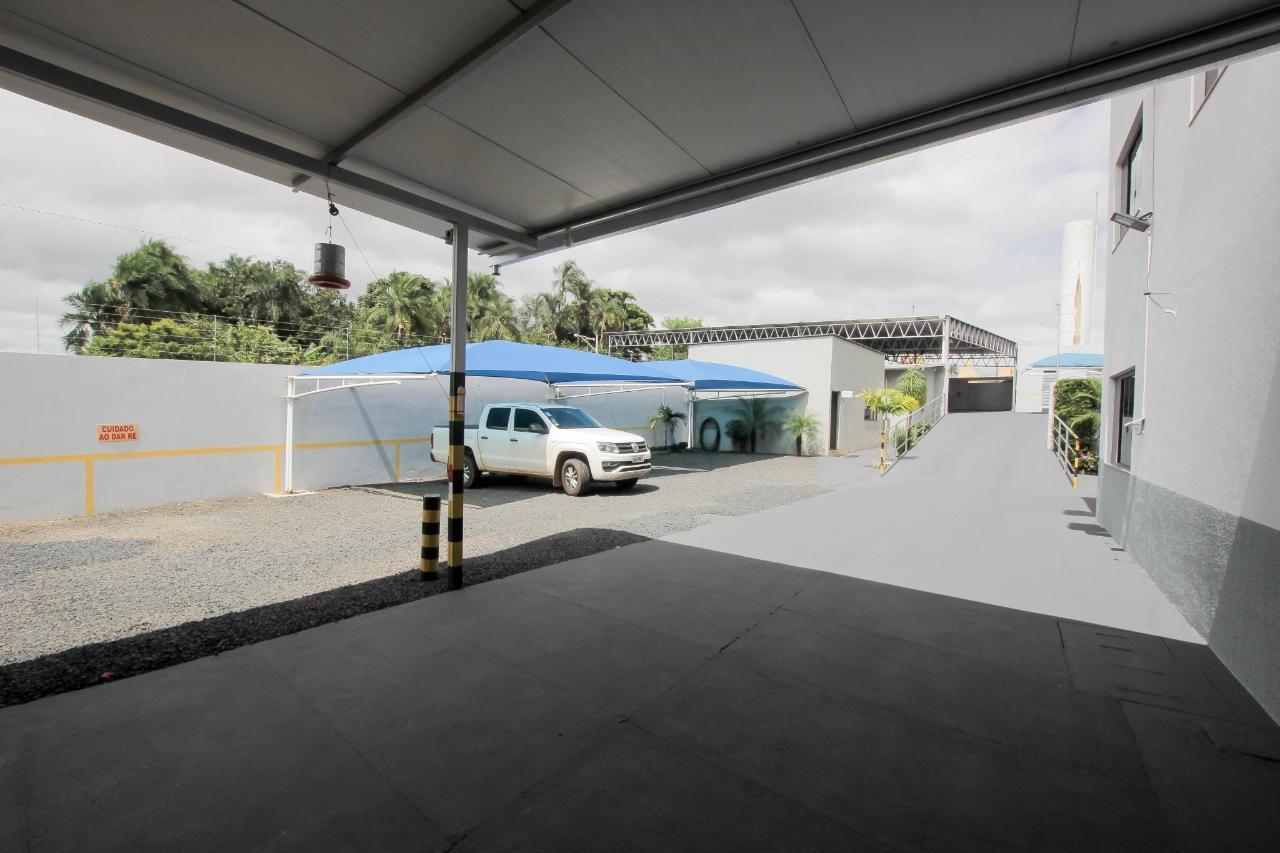 Estacionamento (1).jpg