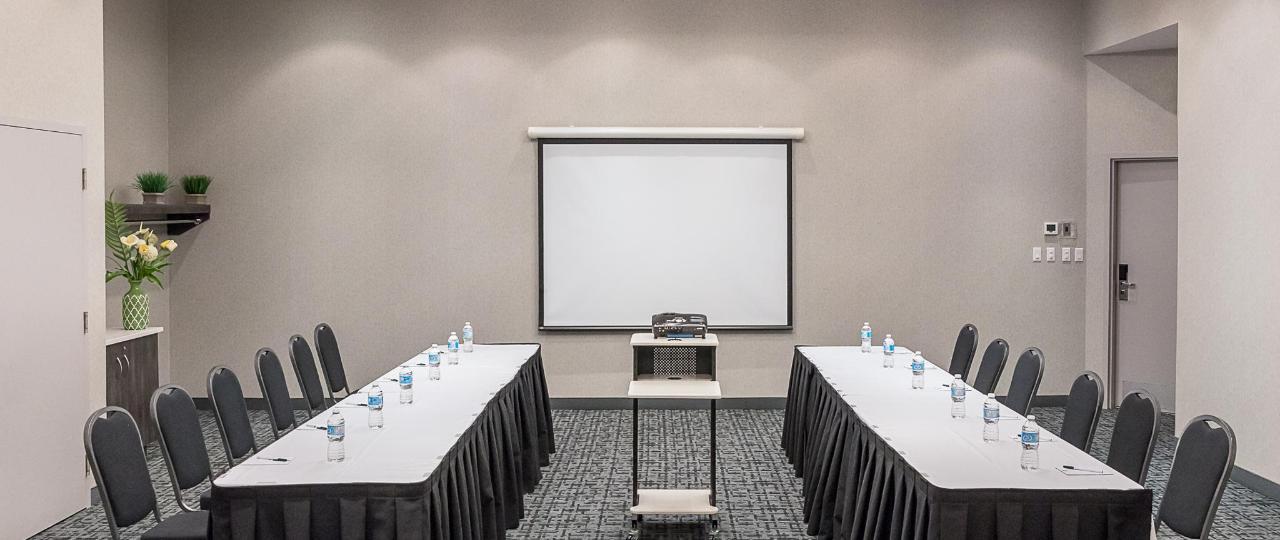 Meeting room.jpg