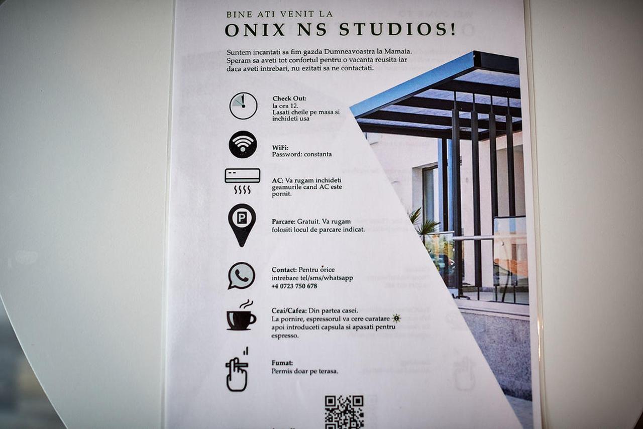 Studio211.jpg