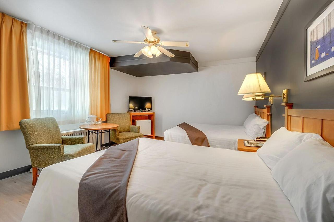 chambre #3 double non rénové motel lévis.jpg