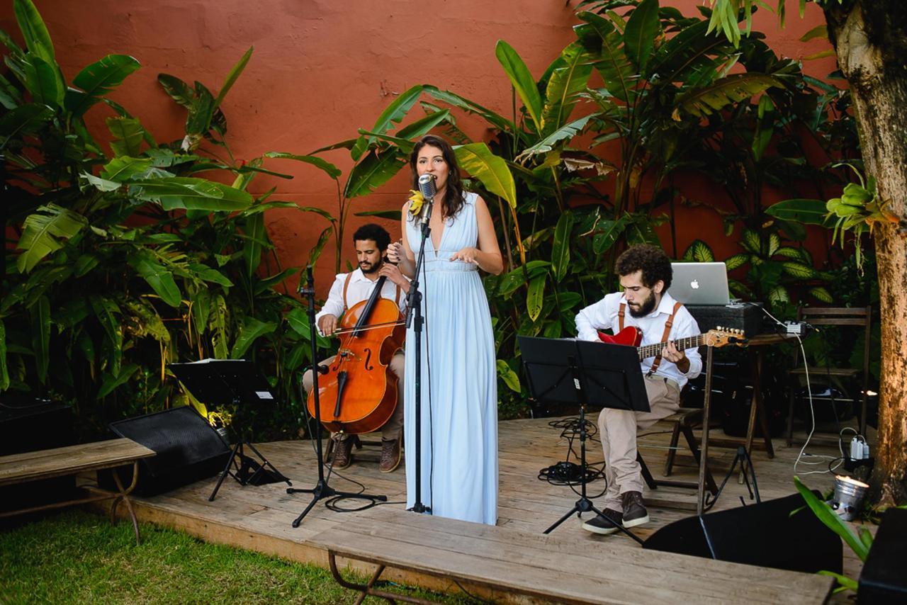 casamento_RJ_musica_ao_vivo_jardim_LauraeosCasamenteiros_Gerthrudes_Santa_Teresa.jpg