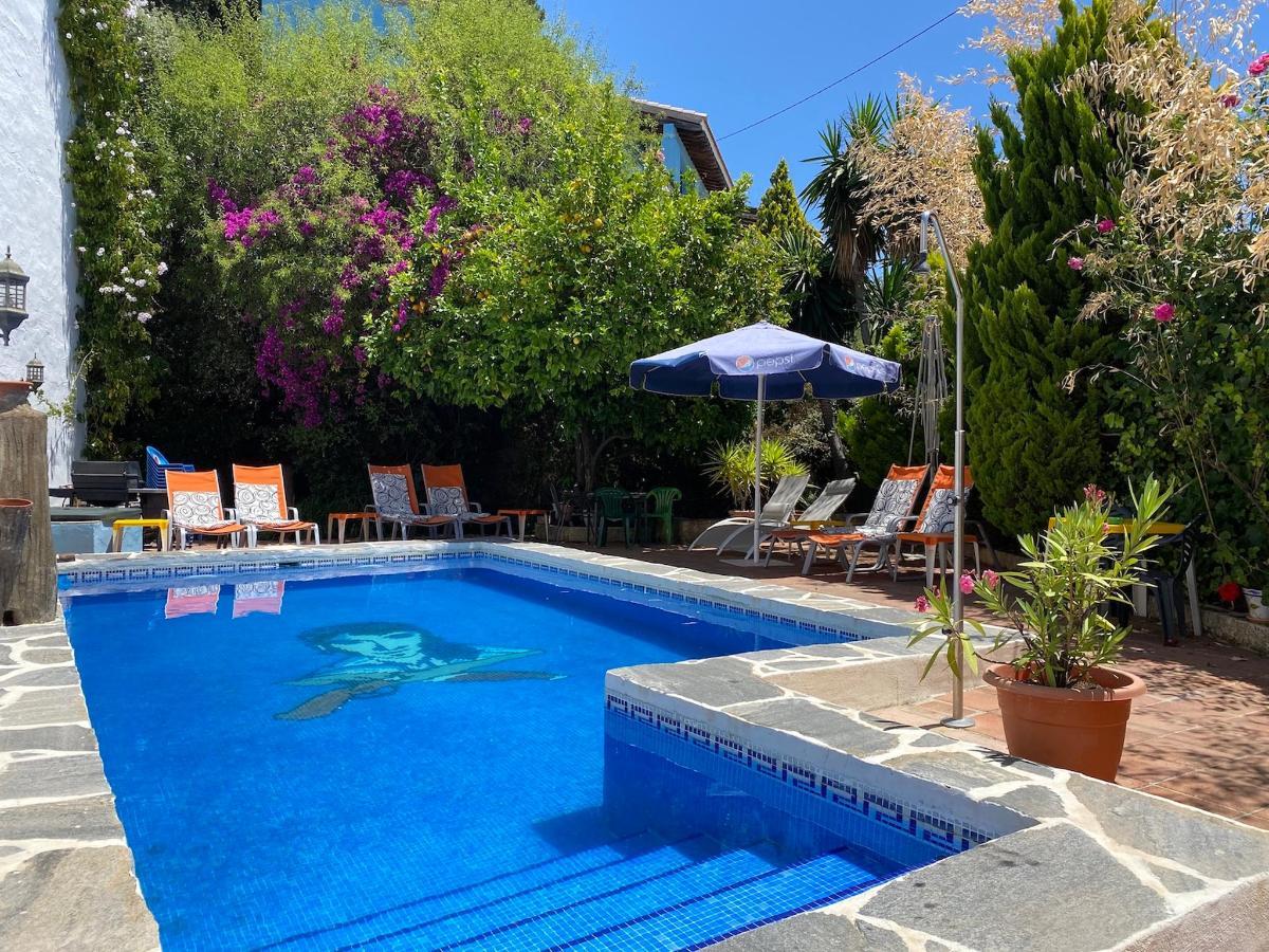 Bandolero Pool